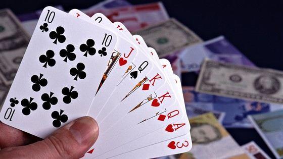 Колотнеча карткова гра